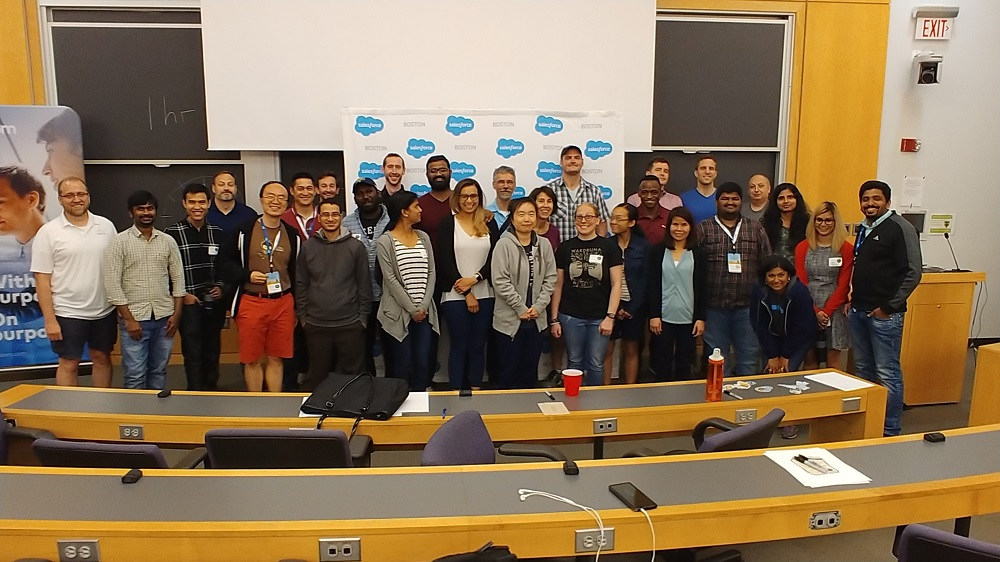 All the attendees at SFHackX '18